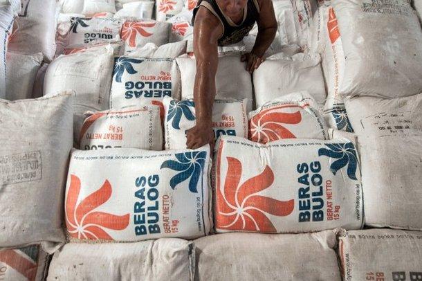 beras sejahtera bulog rastra raskin